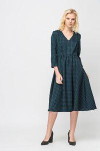 V-образный вырез на платье