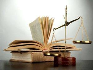 По соотношению прав и обязанностей участников
